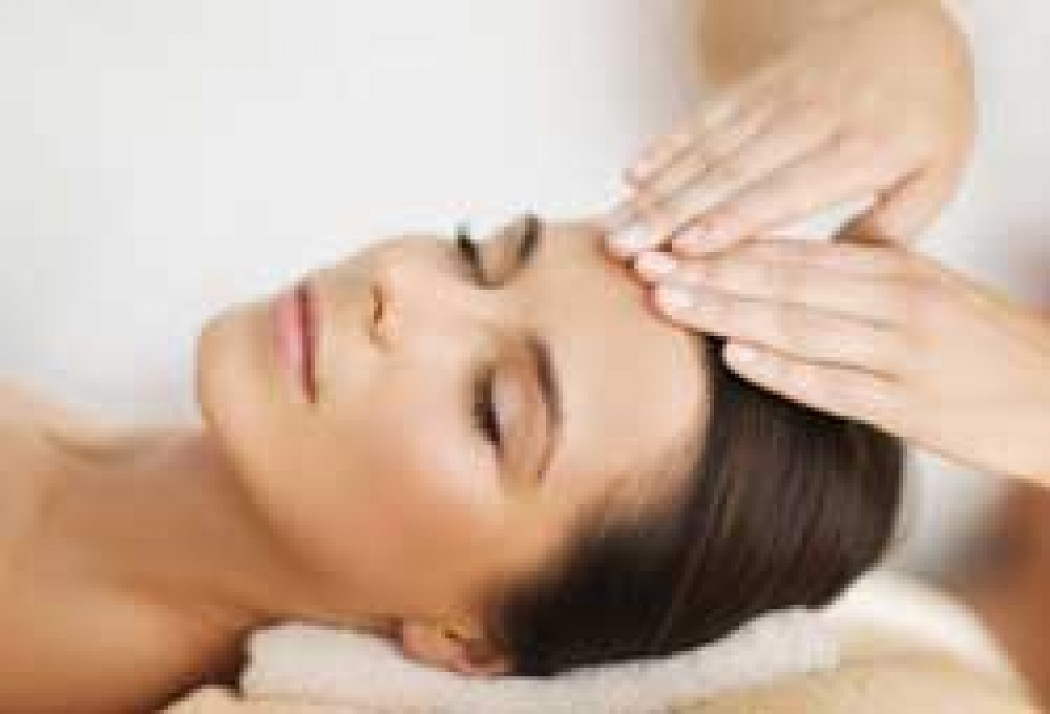 Uplift and Restore Massage and Facial