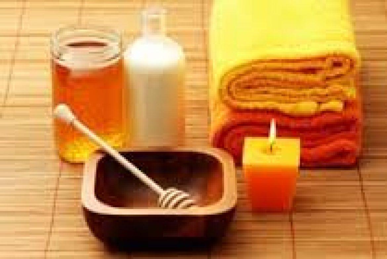 Milk and Honey Hydrating Body Wrap & Massage